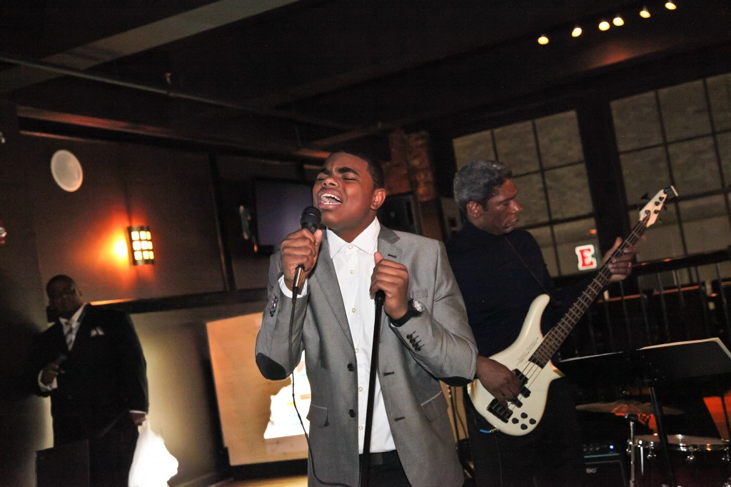 Julien Neals and Ahsan perform at the 2013 Cocktails for Change fundraiser